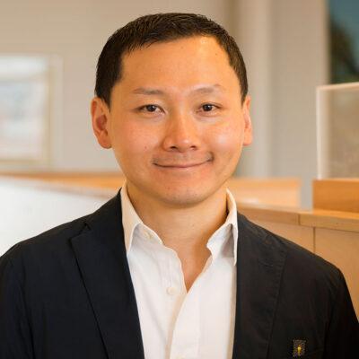 Stanley Wong, Associate
